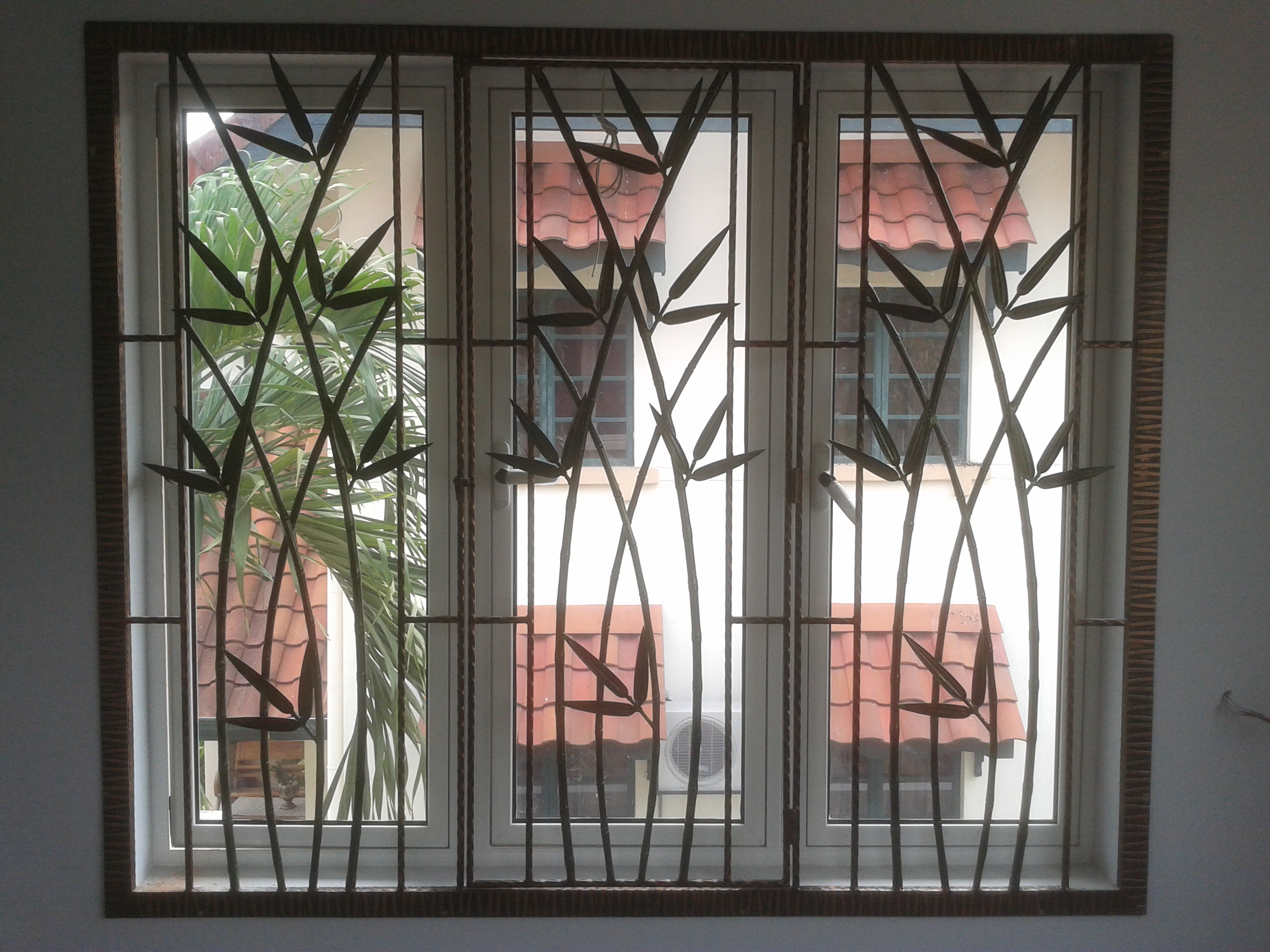 Window grille security door malaysia stainless steel for Window design ms